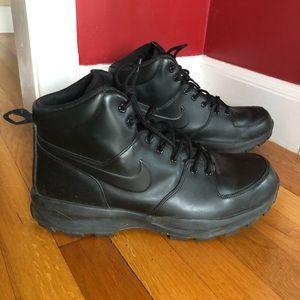 Nike Manoa Waterproof Leather Boots Triple Black